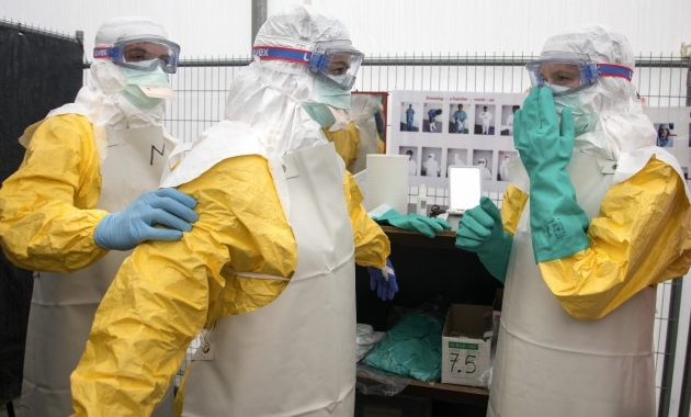 Manual Safety and Health healthcare workers occupationally exposed to Ebola